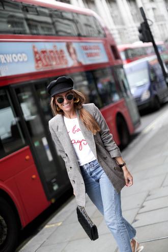 b a r t a b a c blogger t-shirt jeans jacket shoes bag blazer grey blazer grey jacket fall outfits