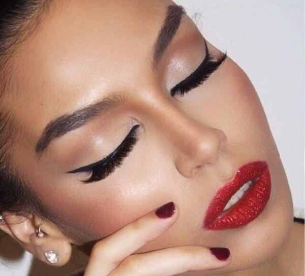 make-up lipstick eye shadow earrings nail polish jewels