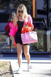 shoes,khloe kardashian,kardashians,casual,streetstyle