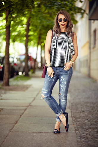 masha sedgwick blogger striped top ripped jeans smoking slippers