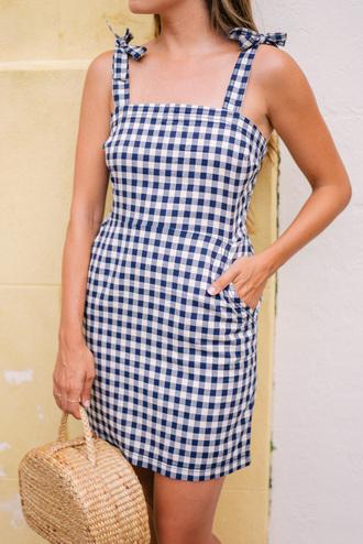 dress tumblr mini dress gingham summer summer dress summer outfits bag basket bag gingham dresses