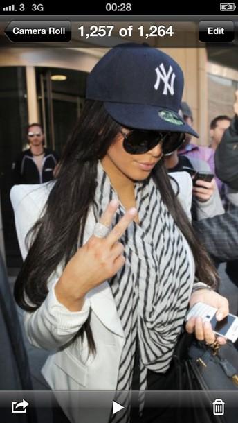 8f260ed88418fe hat, yankees, kim kardashian, baseball cap, snapback, yankee ...