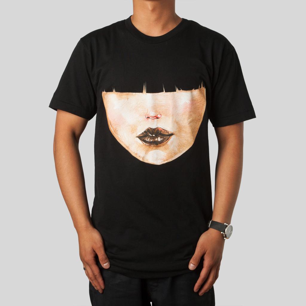 Upper Playground           |             Hairdo T-Shirt in Black