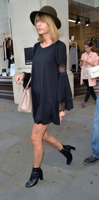 taylor swift fall outfits
