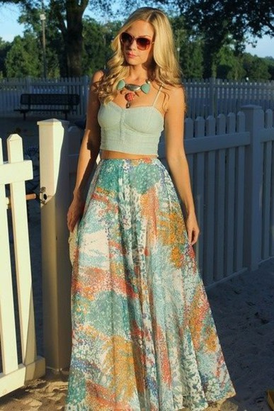 sunglasses red sunglasses skirt blue bustier crop tops summer outfits top jewels