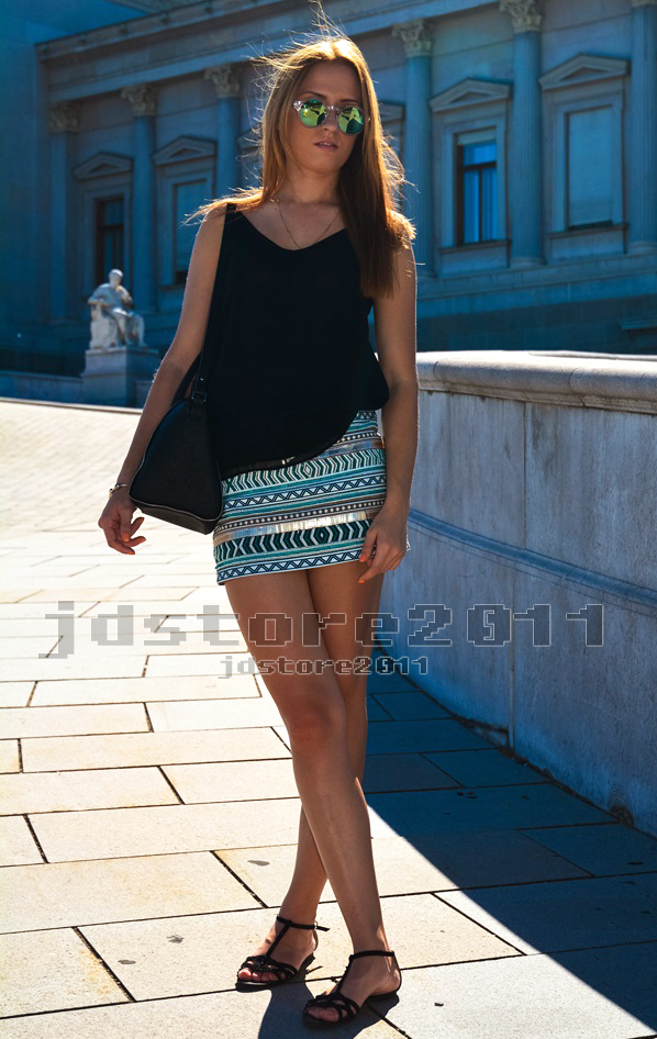Size m genuine zara aztec cream aqua gold sequin beaded embroidered skirt new