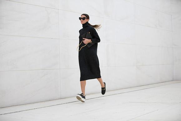 bag fashion vibe blogger sunglasses sweater dress