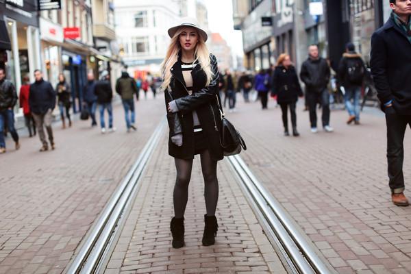evelinas fashion cafe dress coat shoes bag hat