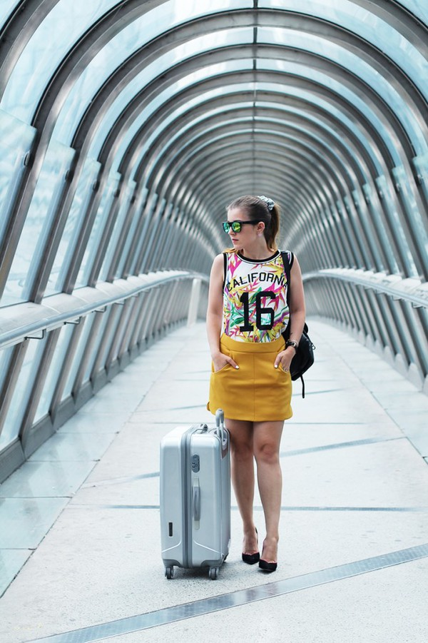 elodie in paris top skirt shoes sunglasses jewels