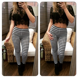 pants dogtooth leggings leggings dogtooth print skinny pants style fashion trendy high waisted pants high waisted leggings top lace top crochet top cropped top crop-tops lace crochet crop top crochet black