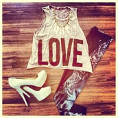t-shirt,wild,time,leggings,tiger,leopard print,animal print,love,hate,top,heels,makeup table,vanity row,dress to kill,scarf