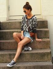 sweater,fashion,black and white,aztec,fall outfits
