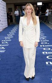 pants,ellie goulding,wide-leg pants,blazer,white,white pants,white blazer,heels,high heels