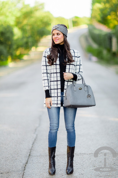 crimenes de la moda blogger jacket purse black boots skinny jeans checkered turban sweater jeans jewels shoes bag