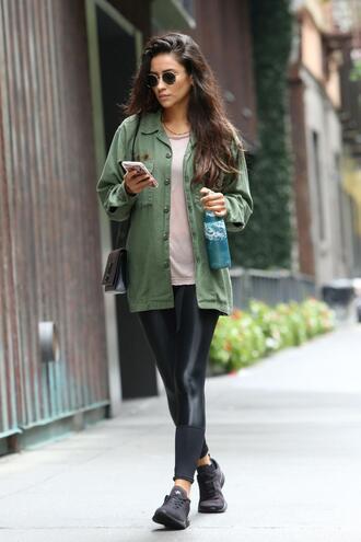 top leggings shay mitchell streetstyle jacket