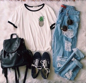 t-shirt bag pants shirt white jeans high waisted jeans sunglasses straight jeans