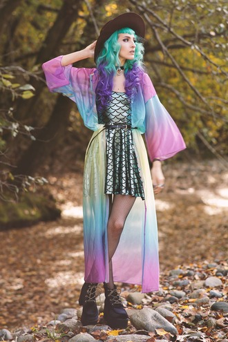 gina vadana vintageena blogger tie dye kimono fish scales shiny dress lolita