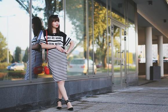 stripes bag blogger sunglasses kapuczina t-shirt jewels jacket