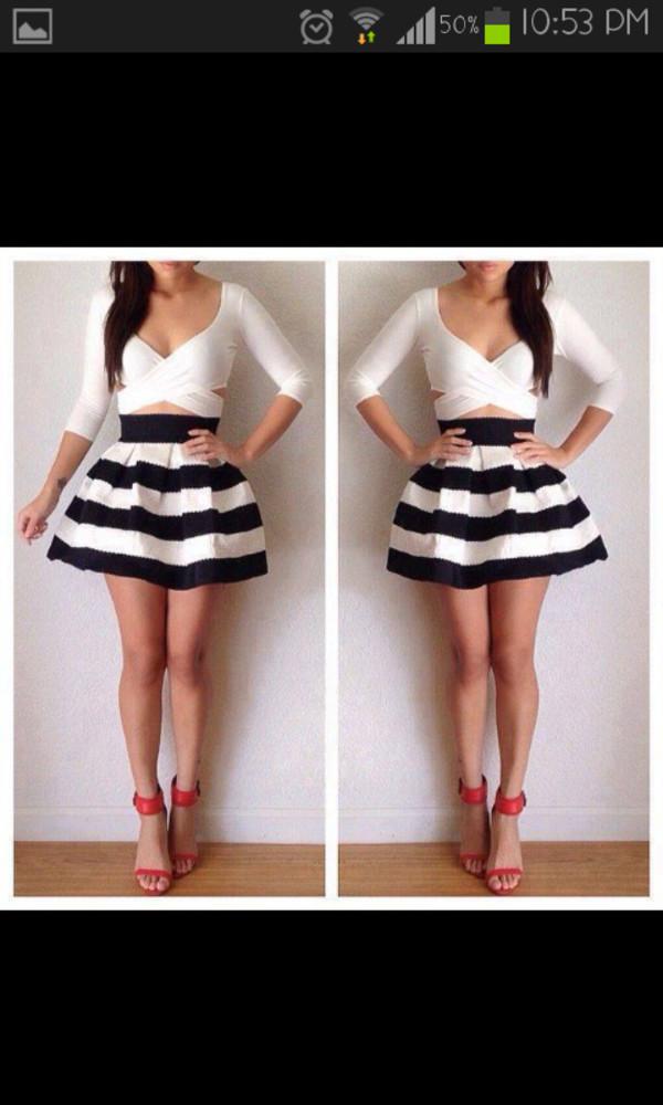 skirt black and white shirt