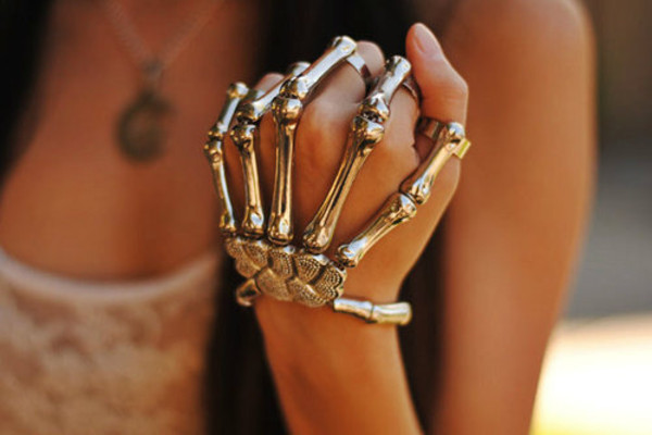 jewels skeleton hipster hand jewelry bracelets silver ring goth goth bones bones gold jewelry metal Accessory hand chain halloween halloween costume skull ring metallic tumblr outfit grunge jewelry accessories rings and tings skull Skull Body Jewelry