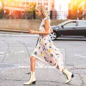 shoes,boots,ankle boots,white boots,asymmetrical dress,floral dress,printed dress,sleeveless dress,shoulder bag
