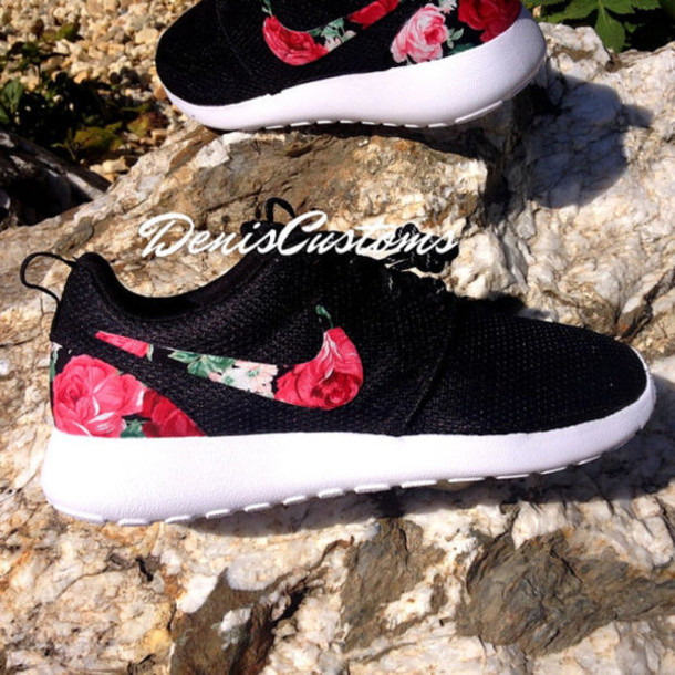 quality design 234d0 7072e shoes love cute tumblr floral nikes floral nikes floral roshes roshes nike  roshe run black white