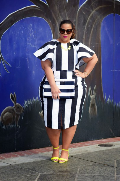 garner style blogger two-piece striped top striped skirt curvy pouch stripes sandals top shoes jewels bag plus size dress plus size