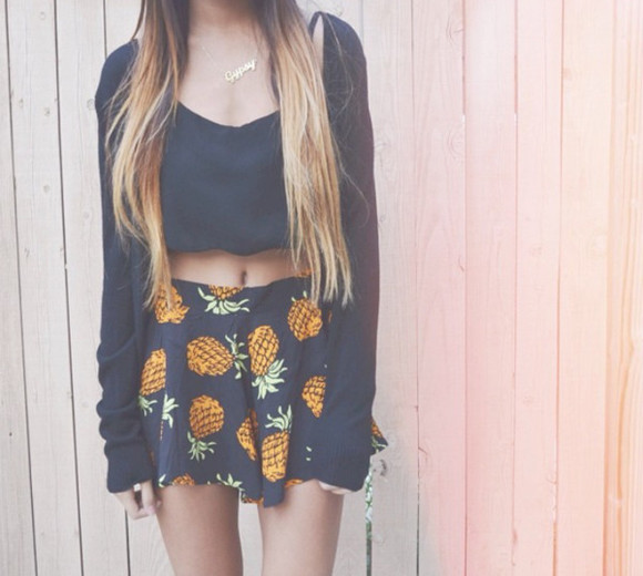 food skirt orange yellow green pinapples shirt shorts summer outfits top sweater pineapple pineapple print pineaples pineapple shorts ananas black pineapples shorts