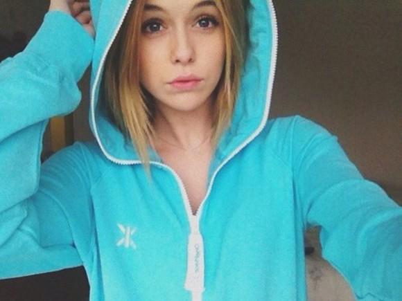 bright blue cute LOVE it