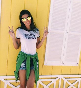 sunglasses top instagram shorts victoria justice