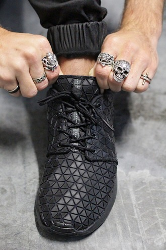 shoes nike roshe run mens shoes menswear mens accessories skull