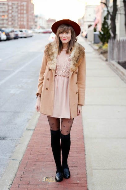 steffy's pros and cons blogger dress hat tights camel coat