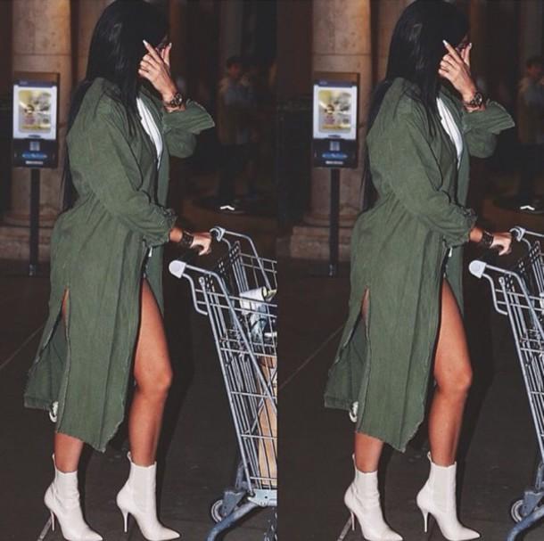 coat kylie jenner olive green shirt oversized jacket green jacket kylie jenner coat shoes kylie jenner green coat