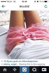 shorts,pink,lace,lace shorts,hot pink,hot topic,baby pink