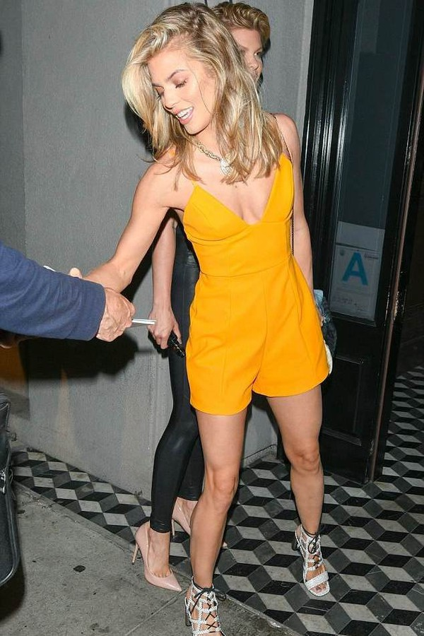 romper annalynne mccord yellow summer summer outfits heels high heels summer shoes yellow romper
