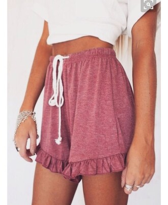 shorts drawstring shorts drawstring summer sumemr summer outfits summer top summer shorts summer holidays summer dress high waisted shorts floral comfy shorts comfy drawstring pants burgundy pants burgundy maroon/burgundy