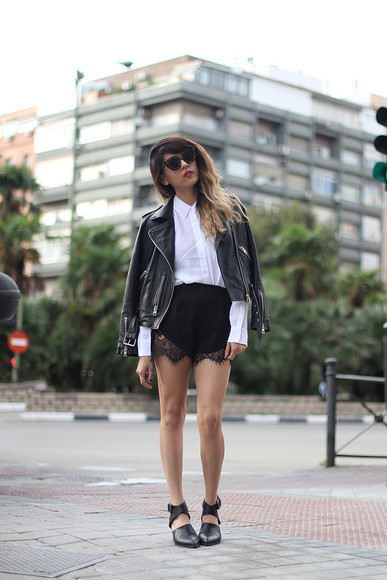 blouse lace shorts joellen love blogger jacket sunglasses