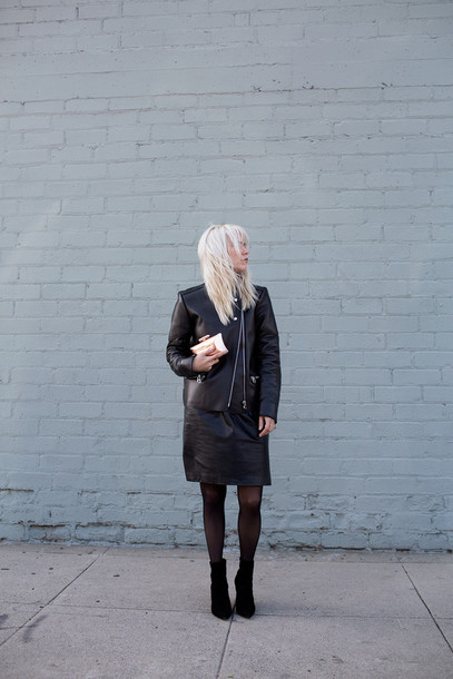 always judging blogger leather skirt faux leather leather jacket skirt bag tights shoes