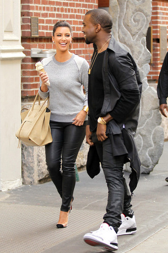 sweater kim kardashian grey sweater casual leather leather pants high heels pumps ice grey fall outfits spring outfit bag shoes pants jumper light grey
