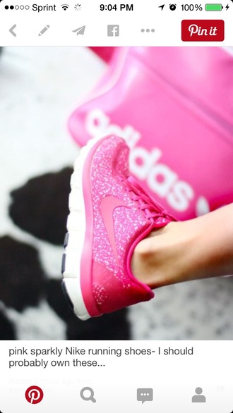 shoes nike summer spring fit girly nike running shoes nike shoes nike air nike trainers nike shoes womens roshe runs nike free run pink shoes running shoes sparkle glitter style fashion fitness gym clothes workout fitness shoes running