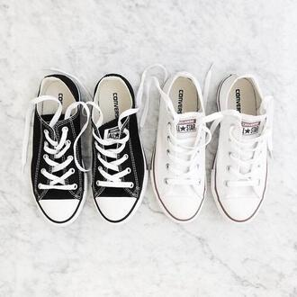 shoes converse white black black shoes white shoes sneakers white sneakers black sneakers low top sneakers girly