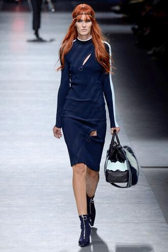 dress milan fashion week 2016 fashion week 2016 midi dress bodycon dress navy navy dress zip versace
