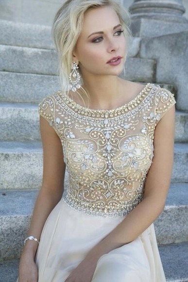 dress prom formal elegant white and gold dress jewels bling sequin embellished white diamond strass paillettes transparent cream khaki cute dress clear diamonds prom dress long prom dress jacket golden beads pearls white and golg gold beautiful dress lace dress, beaded dress, prom, short sleeve