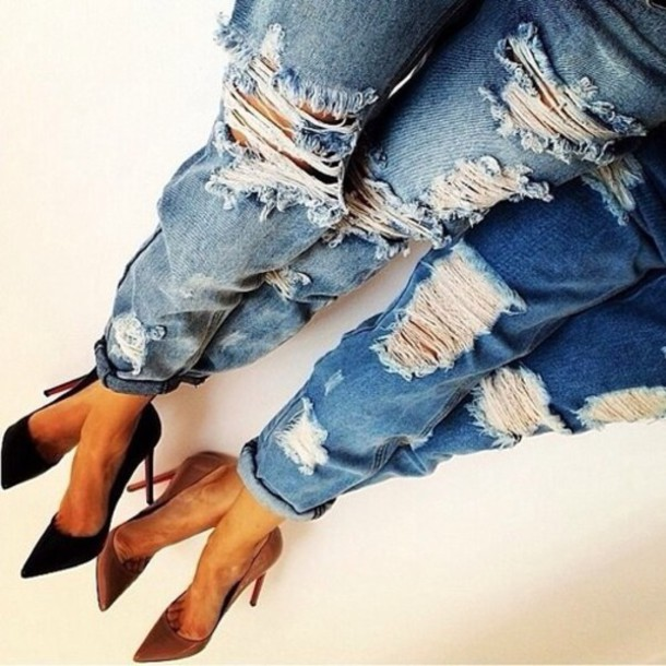 Levis high waisted ripped jeans