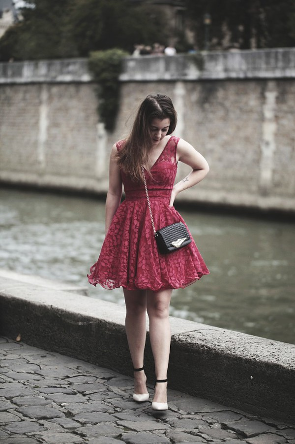 elodie in paris blogger bag shoes