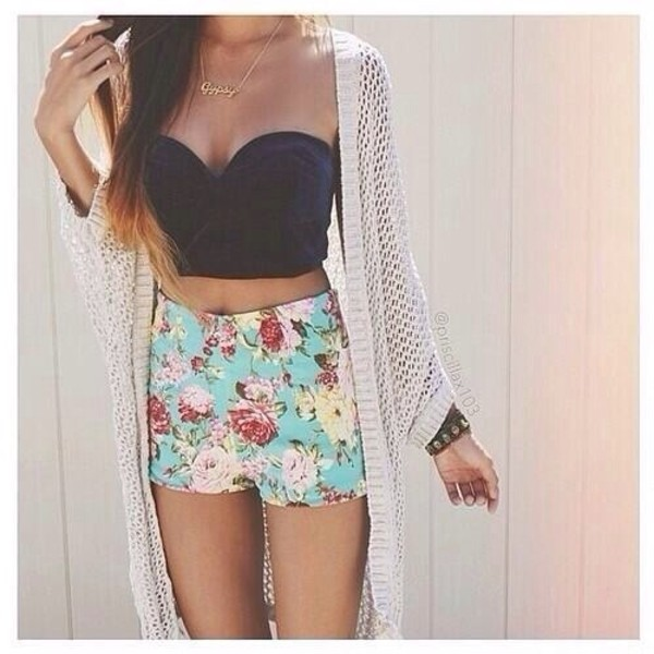 shirt shorts jacket jewels crop tops bralette strapless floral blue coral teal black tumblr crop bralette skirt cream cardigan blouse cardigan coat where can i get the top? iwant it so bad :d please help me :p high waisted flowered shorts turquoise High waisted shorts pastel top