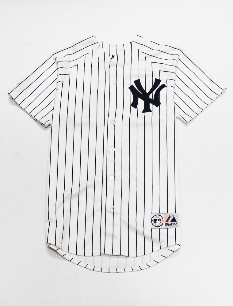 Yankees Jersey Medium  a771d2f00c5