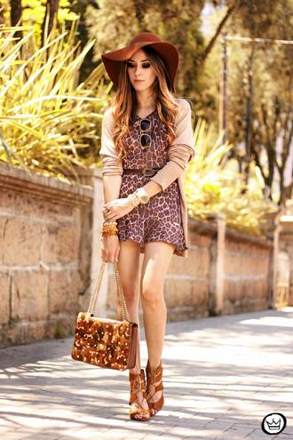 fashion coolture t-shirt skirt bag hat jewels shoes