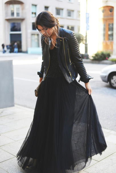 dress black leather jacket skirt long skirt tulle skirt jacket top black dress jacket cuir fashion style trendy outfit casual black leather jacket frou chic party dress long dress all black everything cute long black dress blogger