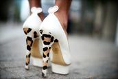 shoes,white,heart,leopard print